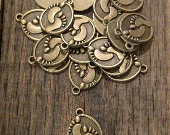 Antique Bronze ON ON Feet Charms