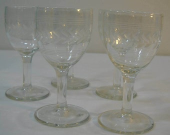 "Set Of 5 Clear Glass 4.5"" Stemmed Etched Wine Cordials Wine Glasses"