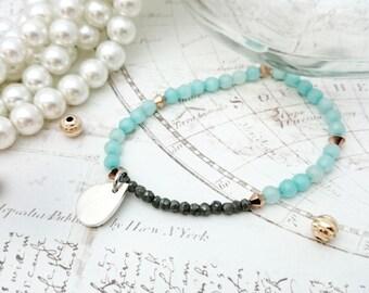 Teardrop Bracelet - Silver Pendant, Teardrop Pendant, Beaded Jewelry, Crystal Stones Bracelet