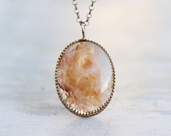 Moss Agate Necklace - Sterling Silver Oval Pendant on Rolo chain - Vintage Natural Jewery