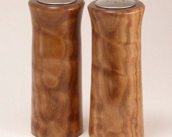 Salt & Pepper Shakers in Quilted Maple