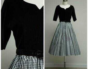 Vintage 1950s Dress • Sweet Spell • Black Velvet and Gingham Taffeta 50s Dress with Full Skirt Size Small