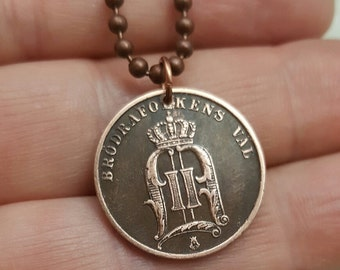 Sweden Necklace. Antique copper Swedish Two Ore COIN NECKLACE. Crowned monogram. Viking. Celtic. O monogram. Coin pendant. Initial necklace