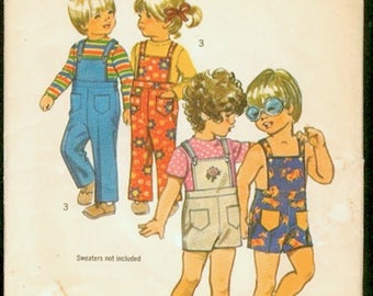Cute Vintage 1970s Simplicity 9949 Toddlers Overalls or Shortalls, Dungarees Sewing Pattern Size 2