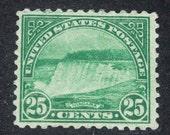 Rare US stamp #568 mint 1922 Niagara Falls Catalogue Value 15 Dollars