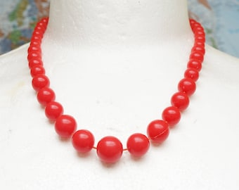 BRIGHT RED NECKLACE - Fixed bead vintage bright red beaded plastic necklace - vintage red bead necklace - great bright red necklace