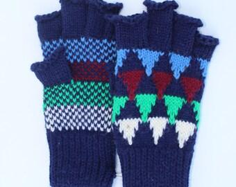 Vintage Gloves - Childrens Fingerless gloves-kids - wool knit - retro - pattern - stocking stuffer- boys
