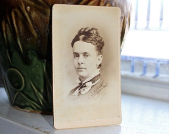 Antique Photograph Cabinet Card 1800s Victorian Woman