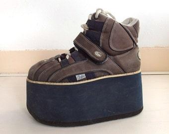 Buffalo 90s Ultrahigh Platforms Sneakers - Navy Blue Grey White - Spice Girls Platform Trainers - 1990s Buffalos Platform Shoes - Club Kids