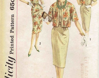 60s Sheath Dress and Reversible Jacket Pattern Simplicity 3300. Kimono Sleeves, Short Jacket, Fitted Dress. Size 18 Bust 38 inches