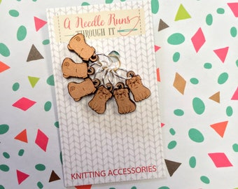 Little pugs, front and back Knitting Stitch markers set, snag free stitch markers. Right Side Wrong side stitch markers