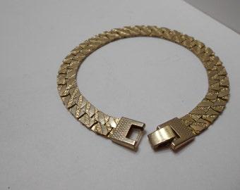 Vintage Brushed Gold Tone Bracelet (6704)