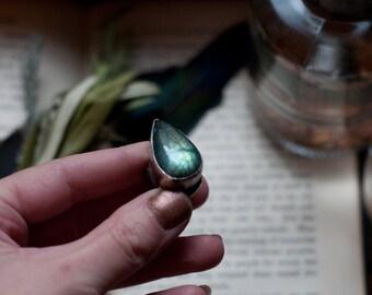 Large labradorite teardrop ring, wide band statement ring, blue flash labradorite, hammered rustic aesthetic, magikal talisman, goddess ring
