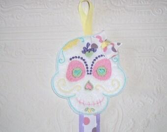 Skull Bow Holder - Barrette Holder - Clippie Keeper - Hair clip Organizer -  Sugar Skull - Skull  Wall Organizer - Rockabilly Clip Holder