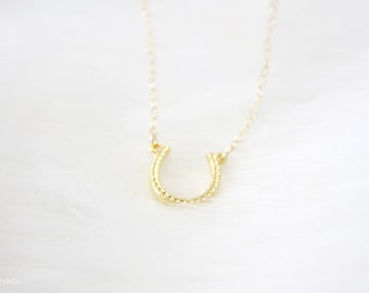 horse shoe necklace - 14 karat gold filled, minimalist, dainty jewelry / gift under 25