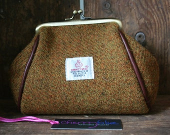 Harris Tweed barrel purse with floral lining