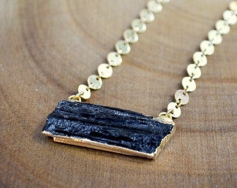 black tourmaline necklace /// raw black tourmaline - long layering gold necklace /// healing gemstone boho jewelry