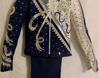 Junior Queens Outfit includes Jacket, Pants, Vest