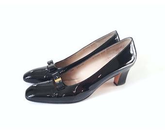 Ferragamo shoes, black ferragamo heels, ferragamo pumps, size 95 narrow, size 9, designer shoes, vintage ferragamo, patent leather pumps,