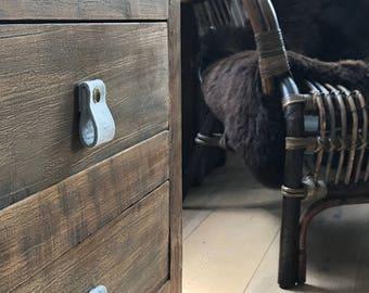 door handle in light grey