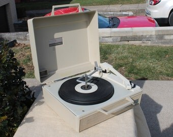 General Electric Solid State / Automatic Portable Record Player