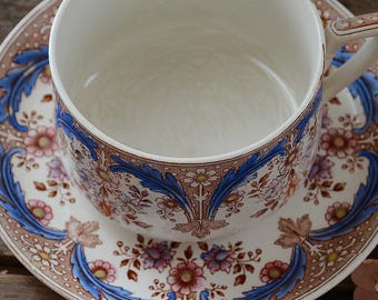 Large Beautiful Vintage french Coffee Mug/Teacup