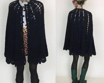 Black Crochet Poncho Cape Handmade - Witchy Black Knit Shawl Scalloped Hem  Poncho - Knit Cape Goth Shrug Shawl Poncho - Black Knit Vtg