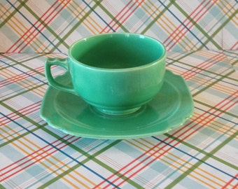 Free Shipping Vintage Homer Laughlin  Pottery Original Glazed Riviera Green Cup and Saucer Scalloped Edge Art Deco