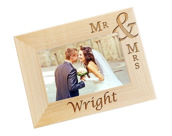 SHIPS FAST, Personalized Wedding Frame, Custom Mr and Mrs Picture Frame, Engraved Photo Frames for Newlyweds, Wedding Gift for Couple - WF02