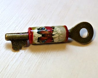 Butterfly Skeleton Key Paper Bead Pendant
