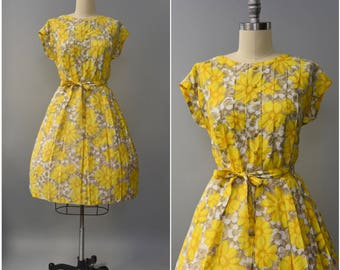 1960's yellow floral sun dress • large