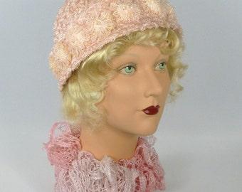Baby Pink Woven Straw Cloche Hat - Vintage Straw Accents - 1920s - 1930s Style - Flapper - Downton Abbey - Gatsby