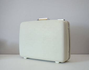 Vintage White Suitcase - American Tourister Luggage - Wedding Card Suitcase - Tiara Suitcase