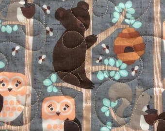 Baby quilt, baby girl quilt, toddler quilt, modern baby quilts,  nature quilt, nursery bedding, bears owl bees, grey brown pink,
