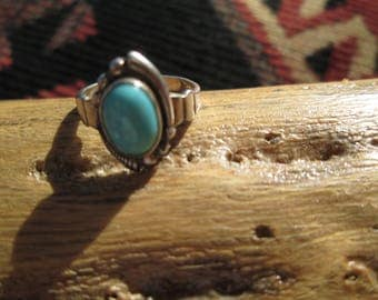 Bell Trading Post Turquoise and Sterling Silver Ring Size 4