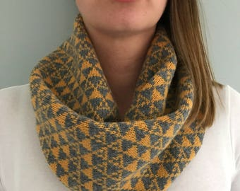 Mustard knit cowl, Mustard Snood, Mustard Scarf, ladies neck warmer, lambswool knitted snood, handmade snood, knitted cowl, geometric snood