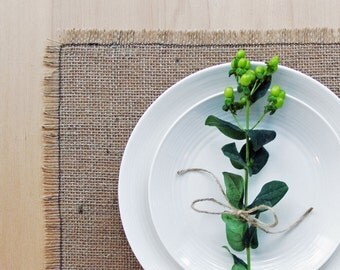 Simple Burlap Placemats with Frayed Edge.  Rustic Placemat Set.   Made from Natural Burlap.  Set of 4 or 6 Placemats.