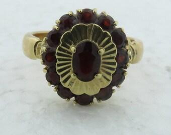 Vintage Estate 1960's 18 Kt Gold Dark Red Garnet Ring w Heavy Shank ( 4 x 2 mm thick) / Sz 8 1/4.
