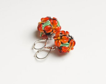 Orange red flowers lampwork earrings, glass flowers earrings, tomato red earrings, blossom earrings, floral earrings, nature earrings