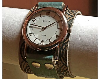 Handmade leather wrist watch inspired by Miss Ana 6 of 6