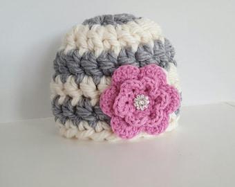 Baby girl gift, crochet baby girl hat, pink flower baby hat, baby girl beanie, baby girl hat, newborn hat, 0-3 month baby gift, baby shower