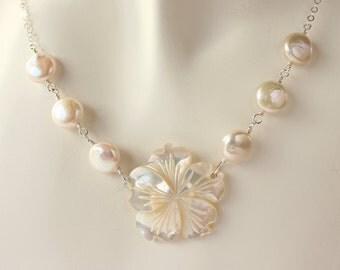 Plumeria Coin Pearl Necklace, Frangipani Coin Pearl Necklace, Hawaiian Beach Wedding, Pearl Plumeria Necklace, Wedding Necklace, Bridal Gift