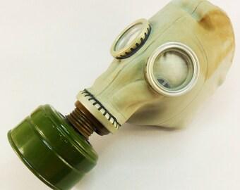 Vintage Gas Mask Steampunk mask Respirator Military Soviet Army Gas Mask Face shield Skull mask Rubber Mask Cyber Punk Mask Halloween Mask