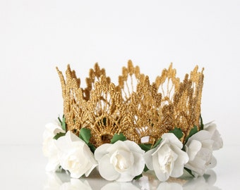 ONEderland Birthday Lainey White Flower Lace Crown - Headband - Mini - Gold - Photo prop