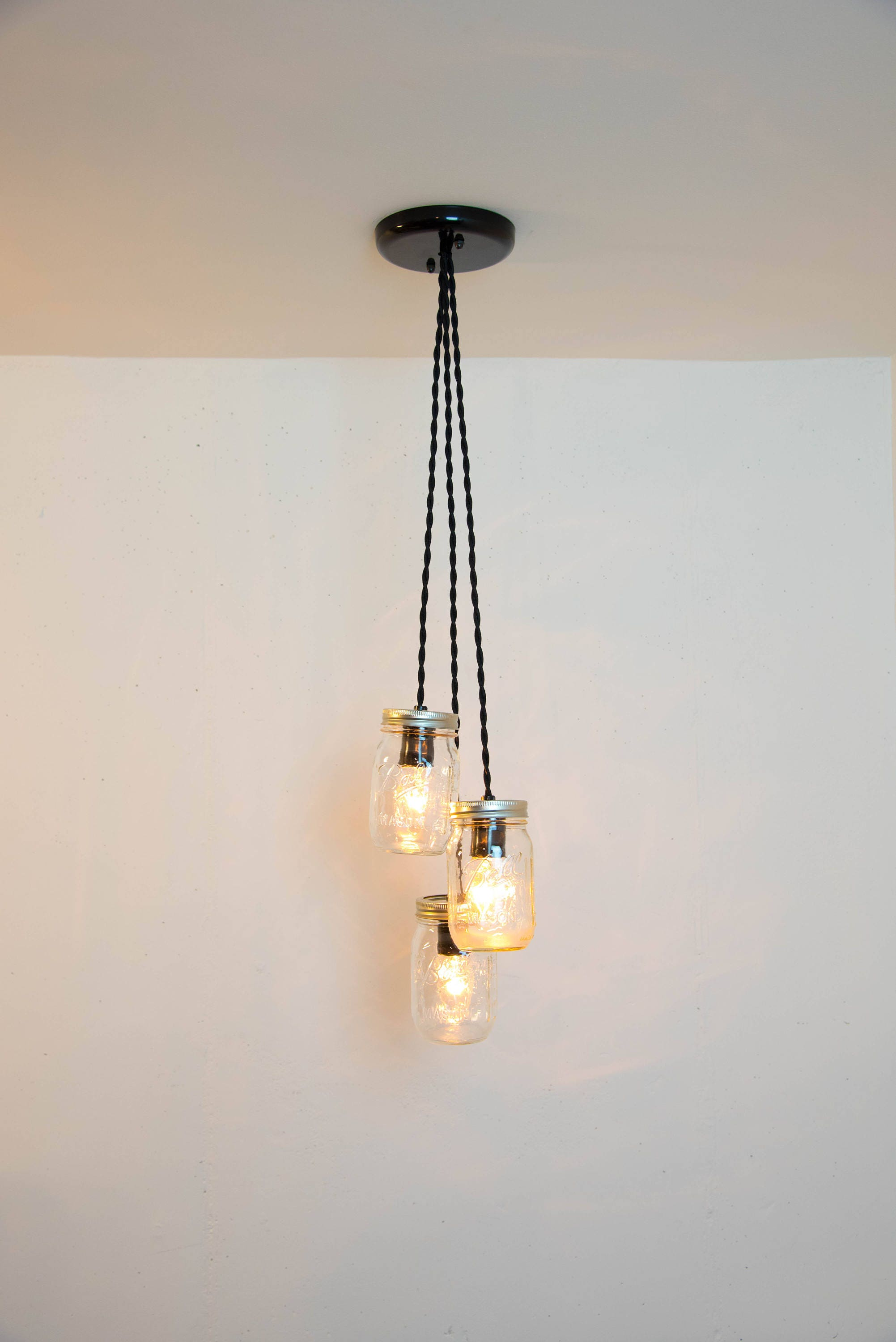 mason jar chandelier mason jar pendant light fixture 3 jars. Black Bedroom Furniture Sets. Home Design Ideas