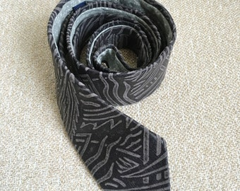 Skinny Tie | Printed Grey Leather Tie With Printed Cotton Lining | 3rd Anniversary Gift for Him | Groomsmen Tie