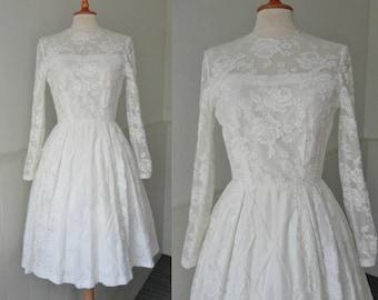 White 60s Vintage Lace Dress // Wedding Dress