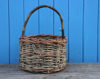 Rustic Handwoven Hedgerow Basket.