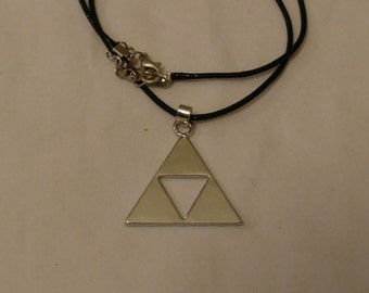Free Shipping Triforce Necklace, Legend Of Zelda Necklace