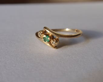 Emerald and Diamond Ring 10k yellow gold May April birthstone 3 stone crossover bypass 1980s promise